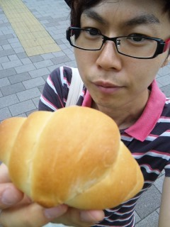 ペリカン(ロールパン)|浅草|パン屋さん|1日1パン365パン♪