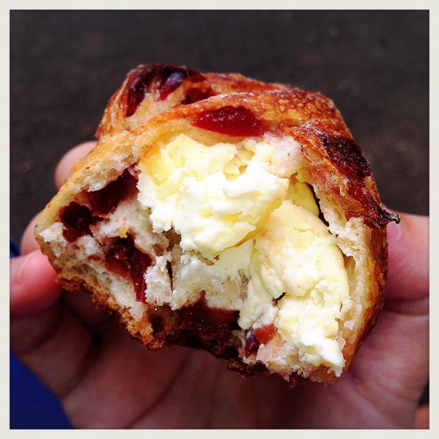【上野・他】秋に絶対食べたほうがいいパン 浅野屋『ハーベスト』 - 東京パン