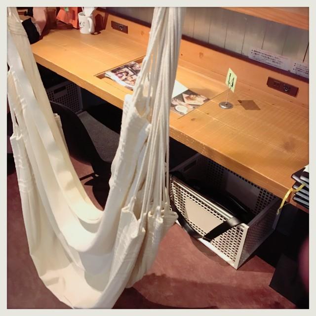 【秋葉原】ハンモックでパンケーキを食べらるカフェ『Cafe ASAN』