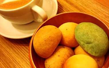 【池袋】タピオカ粉のモチモチ食感一口パン『ぽんでカフェ』感想