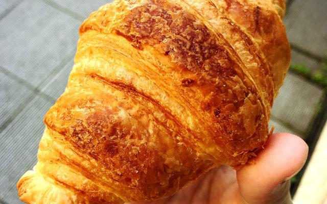 【日暮里】富士山の溶岩で焼くパン屋さん「明富夢(あとむ)」感想