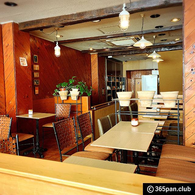 【新宿】1947年創業、昔ながらのカフェ「珈琲ローレル」感想05