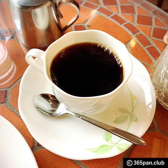 【新宿】1947年創業、昔ながらのカフェ「珈琲ローレル」感想08