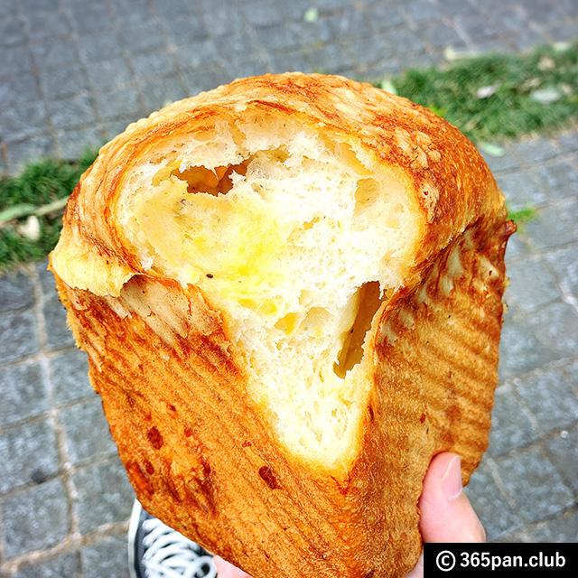 【大手町】高級レストラン併設「俺のグリル&ベーカリー」限定パン14