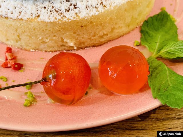 【恵比寿】カフェ アクイーユ「さくらんぼレアチーズパンケーキ」-09