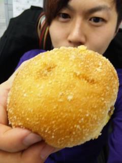 ブーランジェリールフレ『焼きカレーパン』他 - 東京パン