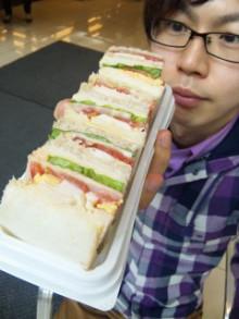 腹ごしらえw - 東京パン