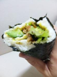 噂の『恵方巻パン』を食べてみるっ! - 東京パン